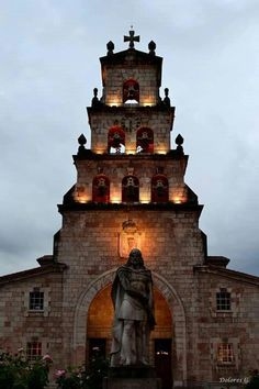 Monument of Don Pelayo in Cangas de Onís - Asturias, Spain Spain And Portugal, Pisa, Notre Dame, Tower, Ancestry, Building, Travel, Ancient History, United States