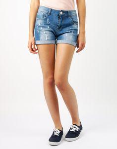 #Shorts Double Agent #Denim Boton Flores #Jeans Desgastado por 13€ en www.doubleagent.es #fashion #moda #ropa
