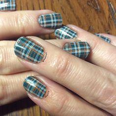 Lina Nail Art Supplies Dress Your Nails 01 Ejiubas 08 China Glaze Mundo de Unas Clear Jelly Stamper Nail Polish Nail Stamping Fall Nails Winter Nails Plaid @4nailedit