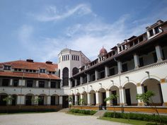 Lawang Sewu ~ Semarang - Central Java, Indonesia.  Taken from the post: Semarang Trip (Part One): http://wp.me/p1VkQt-eW