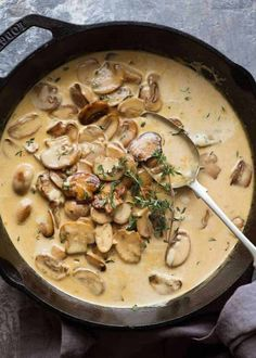 A Mushroom Sauce for Everything! A Mushroom Sauce for Everything!,Sauces Recipes Overhead of Creamy Mushroom Sauce in a black skillet, fresh off the stove Related Adorable Diy Pallet Projects Ideas For House -. Healthy Dinner Recipes, Vegetarian Recipes, Cooking Recipes, Cooking Sauces, Healthy Drinks, Healthy Sauces, Healthy Meals, Cooking Cake, Steak Dinner Recipes