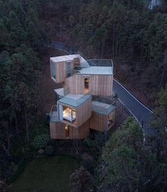"27.8 mil Me gusta, 117 comentarios - ARCHITECTURE HUNTER (@architecture_hunter) en Instagram: ""#architecture_hunter The Qiyun Mountain Tree House Architects: Bengo Studio Photographer: Chen Hao…"""