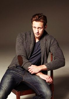 Alexander Skarsgård plays Eric Northman on True Blood True Blood, Eric Zimmerman, Gorgeous Men, Beautiful People, Pretty People, Skarsgard Family, Alexander Skarsgård, Eric Northman, Raining Men