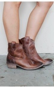 short #cowboy #boots my-style
