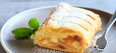 Strudel aux pommes – Recette Mixte Apple Cinnamon Bread, Cinnamon Apples, Apple Pie, Cheesecake Leger, Pastel, Beignets, Ethnic Recipes, Food, Biscuits
