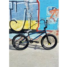 Sunday Funday Bmx, He's Beautiful, Stunts, Good Day, Going Out, Bicycle, Frame, Instagram, Buen Dia