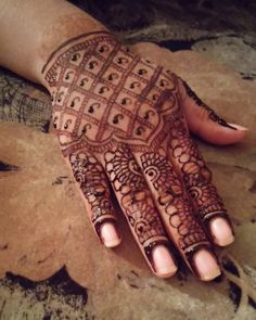 Henna of the day! Life is beautiful  #henna #hennaartist #hennatattoo #hennaart #hennadesign #hennaoftheday #mehndi #mehndidesign #mehndiartist #mehndiart #art #artist #artwork #artoftheday #artshelp #tattoo #tattooart #tattooartist #tattoooftheday #handtattoo #likeback #likeforlike #like4like #likebackteam #hkig #dubai #fashion #insta #thebest by henna_mujahida