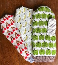 Free until March 2019 Knitting Pattern for U-Pick Mitts - These mittens are . Free until March 2019 Knitting Pattern for U-Pick Mitts - These mittens are a great way to use up your scrap yarn. Loom Knitting, Knitting Socks, Free Knitting, Fair Isle Knitting, Knitted Mittens Pattern, Knit Mittens, Knitting Designs, Knitting Projects, Knitting Tutorials