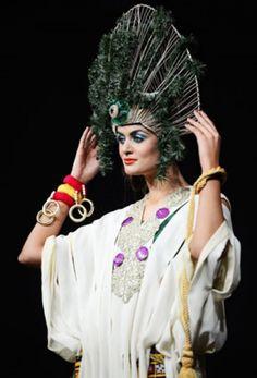 Karachi fashion week tribute to mehnaz