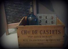 Kistje met franse tekst