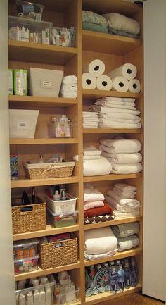 65 Ideas For Bath Room Closet Organization Organisation Linen Closet Organization, Home Organisation, Bathroom Organization, Organization Hacks, Bathroom Shelves, Organizing Ideas, Bathroom Ideas, Kitchen Cupboards, Bath Ideas