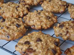 It All Tastes Greek To Me: Olive Oil Chocolate Chip and Nut Cookies Healthy Sweets, Greek Recipes, Chocolate Cookies, Biscotti, Sweet Treats, Food And Drink, Cooking Recipes, Tasty, Snacks