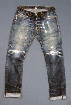 "b-undt: "" whiskeygrade: "" (via BlueBlanket Denim Nudie Jeans, Denim Jeans Men, Jeans Fit, Jeans Style, Mens Fashion Suits, Denim Fashion, Mens Suits, Style Fashion, Mens Attire"