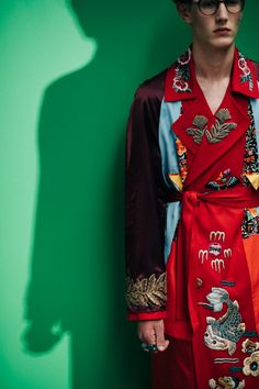 Le / Backstage at Gucci Fast Fashion, Love Fashion, Mens Fashion, Fashion Outfits, Milan Fashion, Artistic Fashion Photography, Fashion Photography Inspiration, Editorial Photography, Gucci Pattern
