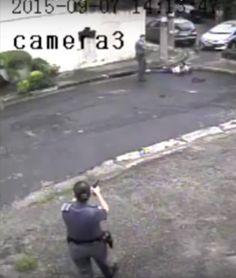 Assista vídeo que mostra como PMs de SP forjaram tiroteio para esconder execução de jovem: (https://www.youtube.com/watch?v=1IcXNL6-9Jk…)