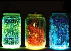 15 Cool DIY Projects To Try - brainjet.com So pretty!! Firefly Jar!