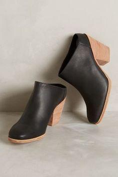 Rachel Comey Mars Mules Black Heels #anthrofave #anthropologie
