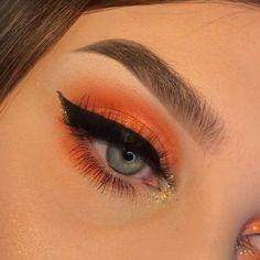 Easy Eye Makeup İdea 10 Creative Makeup Looks Easy Eye eyemak. - Creative Makeup Looks - Fall Eye Makeup, Makeup Eye Looks, Eye Makeup Art, Cute Makeup, Pretty Makeup, Eyeshadow Makeup, Hair Makeup, Sfx Makeup, Summer Makeup