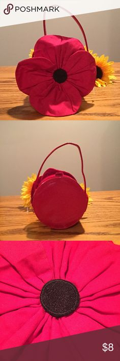 🆕 Gymboree red flower girls purse. 🆕 Gymboree red flower girls purse. 4x4 with Velcro closure. Gymboree Accessories Bags