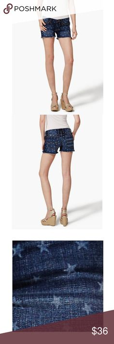 LUCKY BRAND Riley Stars Flag Low Rise Denim Shorts Size 14/32  Brand New  An easy boyfriend fit meets a patriotic print in our Riley Americana shorts, the perfect way to get in the summer spirit  My Measurements  Waist-36  Rise-10  Inseam-3 Lucky Brand Shorts Jean Shorts