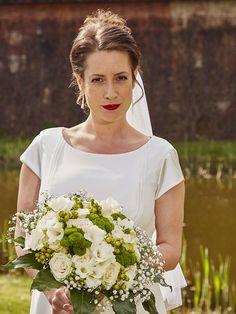Ulice - TV Nova One Shoulder Wedding Dress, Nova, Wedding Dresses, Fashion, Pictures, Alon Livne Wedding Dresses, Fashion Styles, Weeding Dresses, Wedding Dress