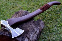 railroad-girl-in-germany — viralthings:   Here is a Viking style axe I...