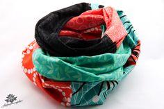 Patchwork-Schlauchschal für Damen aus der Lieblingsmanufaktur in türkis, orange und schwarz: Hochwertige Patchwork - Lieblingsstücke, die es nur einmal gibt