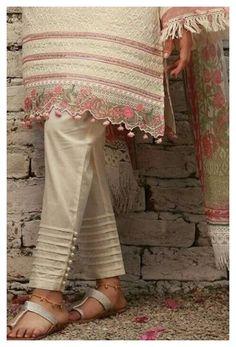 Kurti Sleeves Design, Kurta Neck Design, Sleeves Designs For Dresses, Sleeve Designs, Salwar Designs, Kurta Designs Women, Kurti Designs Party Wear, Blouse Designs, Trousers For Girls