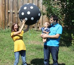 """She's Ready to Pop: A """"Balloon"""" Gender Reveal"""