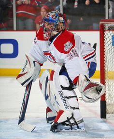 Le 3 juillet 2008, Marc Denis  signe un contrat d'un an avec les Canadiens de Montréal, mais est rétrogradé dans la ligue américaine à la fin du camp d'entrainement.  Pour la saison 2009-2010, il demeure un agent libre et est entraîneur des gardiens de but pour les Saguenéens de Chicoutimi. En 2010-2011, il ne reçoit que des offres à deux volets ; ce type de contrat ne l'intéresse pas et il préfère prendre sa retraite1.  Depuis le début de la saison 2011-2012, il est le nouvel analyste à… Hockey Goalie, Hockey Games, Hockey Players, Ice Hockey, Montreal Canadiens, Nhl, Goalie Mask, The Ch, Tampa Bay Lightning