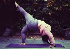 Urdhva Dhanurasana. Big asana yogini. Real bodies. Body positive yoga for all sizes. Perfect plus size pose.