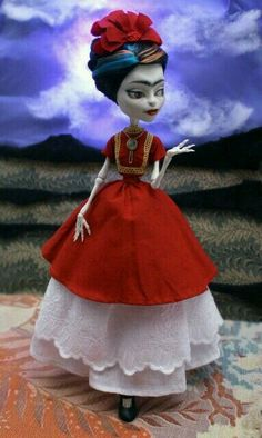 Custom Monster High Dolls, Monster High Repaint, Ooak Dolls, Barbie Dolls, Pretty Dolls, Cosplay, Custom Clothes, High Fashion, Disney Princess