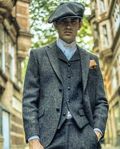 Steel - -- Now Fully Stocked -- Photo- alexanderbather Agency - Mode Masculine, Stylish Men, Men Casual, Der Gentleman, Vintage Outfits, Vintage Fashion, Mens Fashion, Fashion Outfits, Suit And Tie