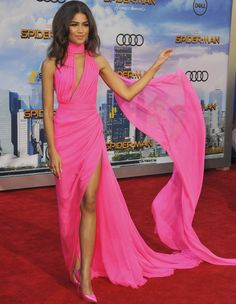 Zendaya caused quite an online frenzy in her all-pink ensemble, which   garnered enthusiastic praises from fans and fashion critics alike.