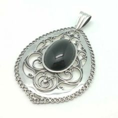 Colgante Plata y Azabache / Pendant Sterling Silver and Jet, handmade