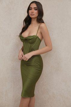 Elegant Dresses, Pretty Dresses, Classy Outfits, Cute Outfits, Evening Dresses, Prom Dresses, Midi Dresses, Short Dresses, Dress Up