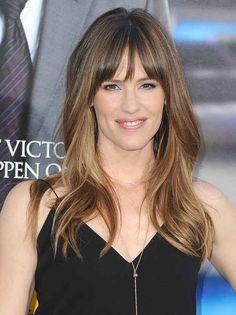 Jennifer Garner | 31 cortes de cabello de celebridades que podrían tentarte a cortarte el flequillo.