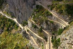 Cliff with winding alleyway by Marite2007, via Flickr
