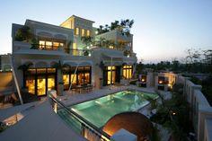 Villa / Chalet de 1380 m2 en venta Dubái, Dubai - 43868741
