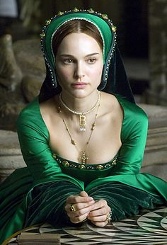 "Anne Boleyn from the other Boleyn girl played by Natalie Portman in her green gown and famous ""B"" necklace"