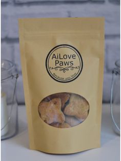 Go Nuts for Peanuts Dog Biscuits (100 grams)- Your paws will go nuts for peanuts with these nutty treats!  AiLove Paws produces healthy, hand-made snacks and treats for your fur family made from ONLY Human-Grade ingredients.  Containing peanut butter, coconut oil and the goodness of oats, turmeric and raw honey.  NO artificial preservatives, NO additives, NO artificial flavours.  100% Australian made with Australian ingredients.