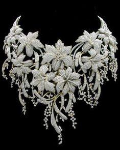 Индийский конкурс современного ювелирного искусства в Мумбаи. Indian jewellery design awards, Mumbai Категория: Бриллиантовое ожерелье. Indian jewellery design awards, Mumbai