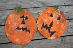 smooshing pumpkins - hallowe'en craft, smoosh painting, art for kids
