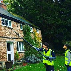 A new week & it's back to work. Here's Carmine & Michael who were one of the first to start their placements in #Solar Panel #Installation & #Maintenance. It took a short while for them to get settled & used to the new surroundings but since settling have been an asset to the company. Well done for their #goodwork so far!   #erasmus #InternshipAbroad #SolarPower #RenewableEnergy #travel #erasmuslife #student #challenge #UK #Europe #adventure #journey #goals #social #media #job #internet…