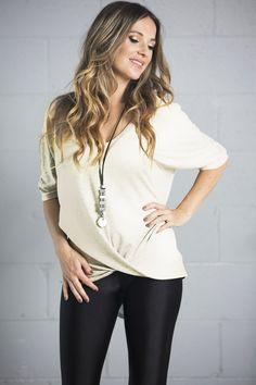 LEILA+TOP-creme V Neck, Tops, Women, Fashion, Dish, Moda, Women's, La Mode, Shell Tops