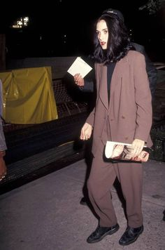 ultimate winona {early 1990s fashion}.