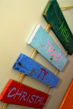 awesome pallet art - add each family member's name to a pallet...perfect play room decor!
