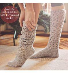Instant download - Crochet PATTERN for socks (pdf file) - Christmas Morning Socks