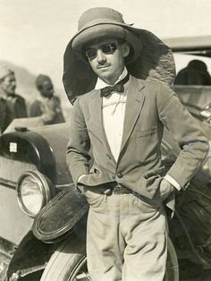 """Lowell Thomas, journalist who helped create the legend of """"Lawrence of Arabia,"""""""