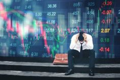 UBS: World economy 'one step away from global recession' — Yahoo Finance – Bankgeschäfte Wall Street, Donald Trump, Dow Jones Index, Great Recession, The Motley Fool, Cheap Car Insurance, Economic Times, Financial Markets, Investors